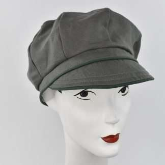 Linen cap with green trimLinen cap with green trim