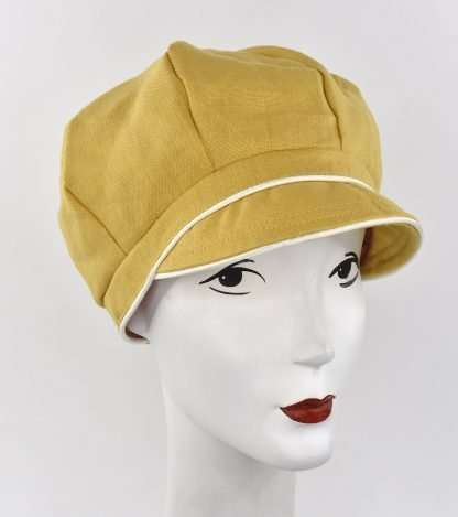 Linen cap with ivory trim