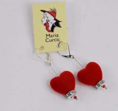 Valentine earrings in red hearts